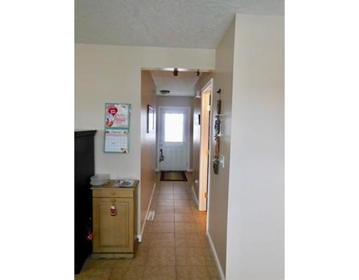 52 Montville St 52, Chicopee, MA, 01013