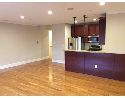 360 W 2nd St, Boston, MA 02127