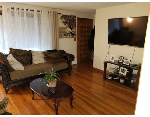 245  Wanoosnoc Rd,  Fitchburg, MA