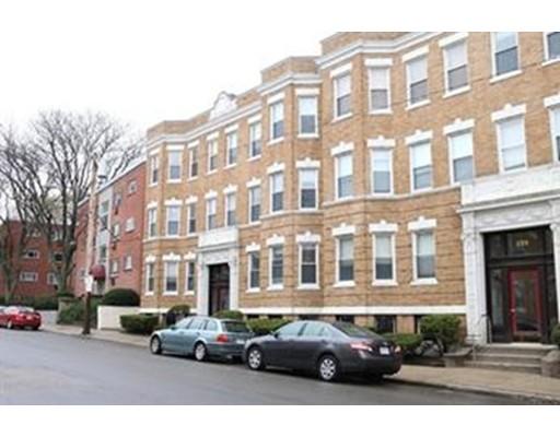 233 Kelton St, Boston, MA 02134