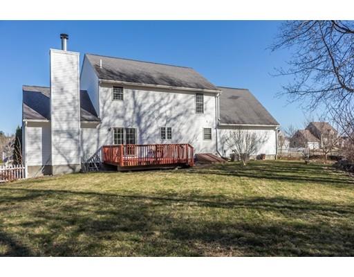 129 Macintosh Lane, Fitchburg, MA, 01420