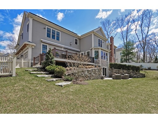 45 Westgate Rd, Wellesley, MA, 02481
