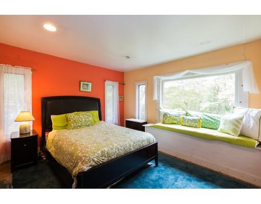 74 Atkins Mayo Rd, Provincetown, MA, 02657