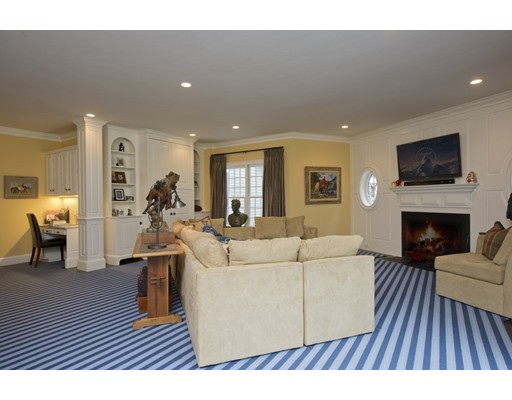 206 Cliff, Wellesley, MA, 02481