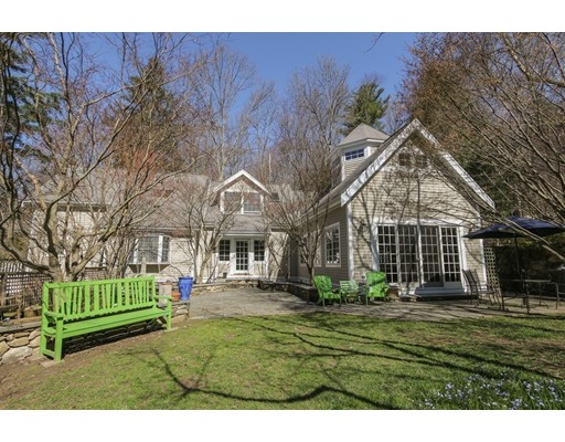 86  Hunting Lane,  Sherborn, MA
