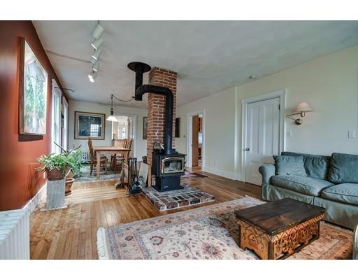 86 Hunting Lane, Sherborn, MA, 01770