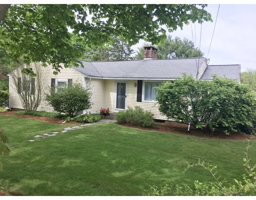 90 South Street, Medfield, MA 02052