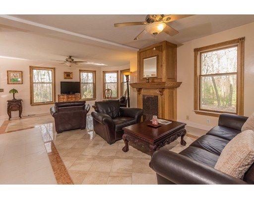 165 Apple Tree Hill, Fitchburg, MA, 01420