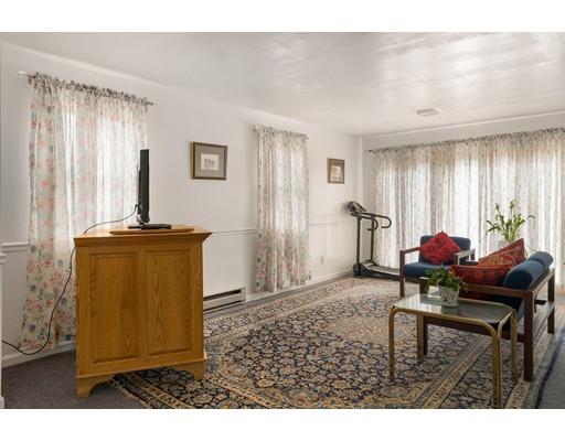 55 Whittemore Rd, Sturbridge, MA, 01566