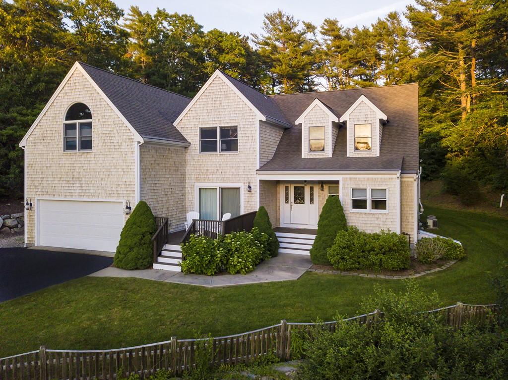 59 Katelyn Hills Dr, Falmouth, Massachusetts