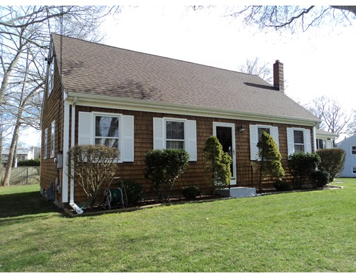 688 Old Warren Rd, Swansea, MA, 02777