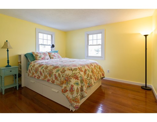 160 E Main St, Norton, MA, 02766