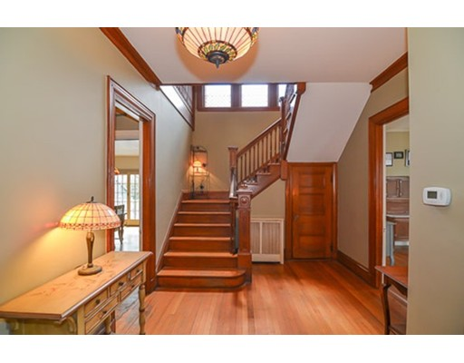Picture 4 of 259 Mount Auburn St  Watertown Ma 5 Bedroom Single Family