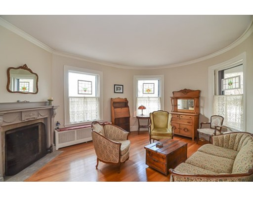 Picture 5 of 259 Mount Auburn St  Watertown Ma 5 Bedroom Single Family