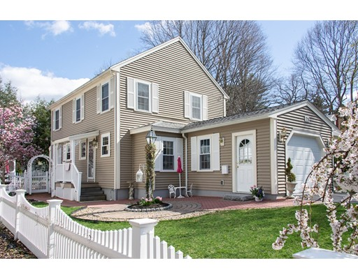 Picture 1 of 75 Crest Rd  Lynnfield Ma  3 Bedroom Single Family#