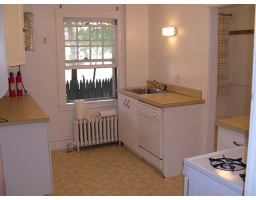 Picture 10 of 20 Belton St  Arlington Ma 7 Bedroom Multi-family