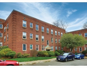 25 Englewood Ave 3 is a similar property to 55 Reservoir Rd  Brookline Ma