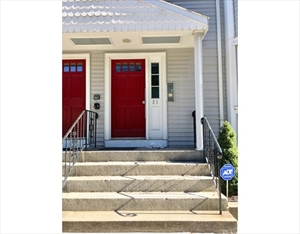 21 Chestnut St 3 is a similar property to 200 Captains Row  Chelsea Ma