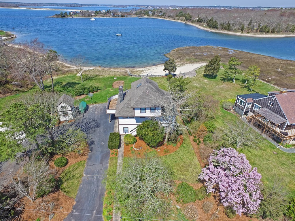 1 Quiet Cove Ln, Buzzards Bay, Massachusetts