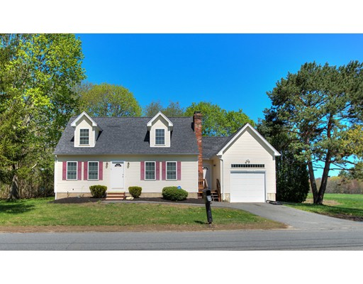 Picture 3 of 36 Baremeadow  Methuen Ma 3 Bedroom Single Family