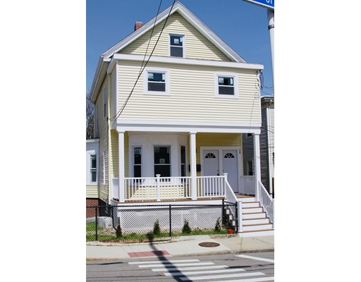 Picture 4 of 79 Derby St  Somerville Ma 3 Bedroom Multi-family