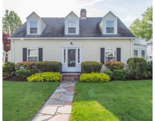 49 Whittier Rd, Needham, MA 02492