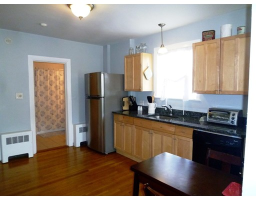 Picture 3 of 34 Almont St Unit 1 Medford Ma 1 Bedroom Condo
