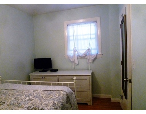 Picture 11 of 34 Almont St Unit 1 Medford Ma 1 Bedroom Condo