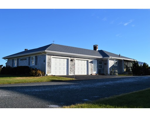 Hawes Ave, Barnstable, MA 02601