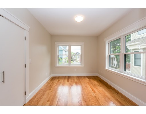 Picture 13 of 47 Wallace St Unit 2 Somerville Ma 4 Bedroom Condo