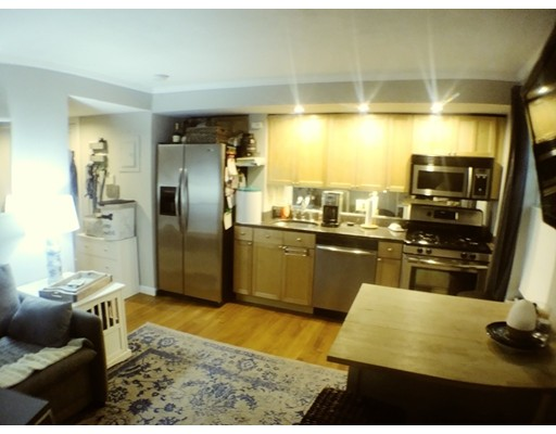 38 Lawrence St, Boston, MA 02116
