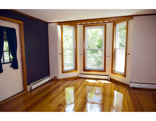 Picture 6 of 35 19th  Haverhill Ma 4 Bedroom Single Family