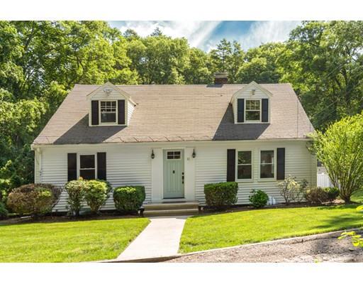Picture 1 of 11 Wampum Path  Wayland Ma  2 Bedroom Single Family