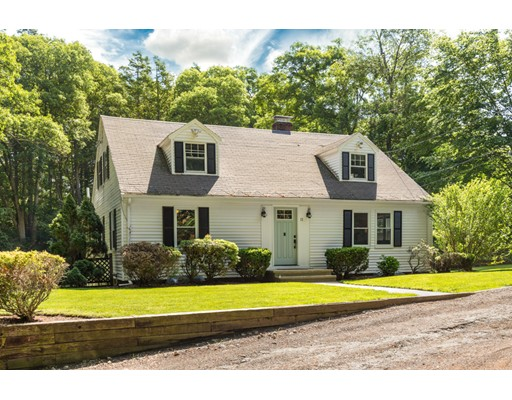 Picture 3 of 11 Wampum Path  Wayland Ma 2 Bedroom Single Family