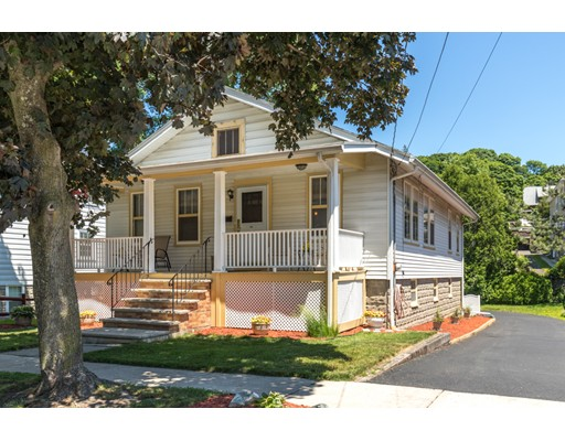 Picture 9 of 179 Derby Rd  Melrose Ma 2 Bedroom Single Family