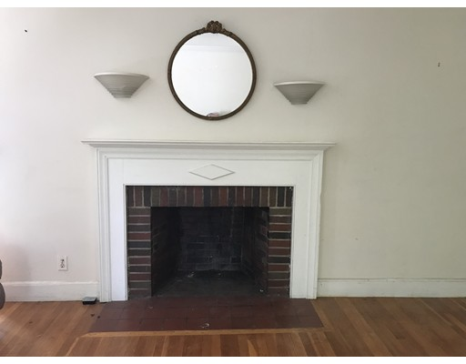 Picture 2 of 26 Hackensack Rd  Brookline Ma 3 Bedroom Single Family