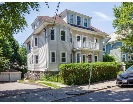 Picture 2 of 40 Manthorne Rd  Boston Ma 7 Bedroom Multi-family