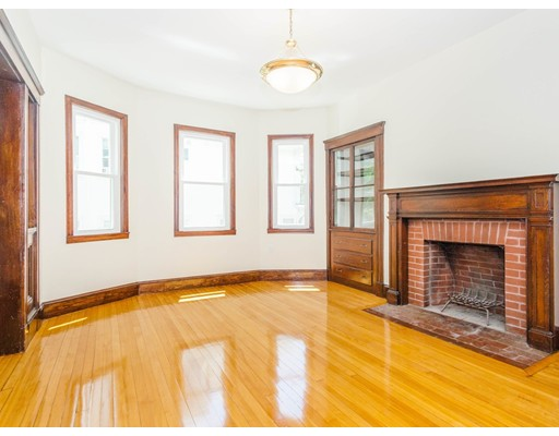 Picture 6 of 40 Manthorne Rd  Boston Ma 7 Bedroom Multi-family