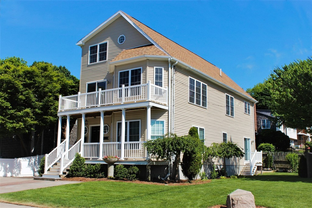 1 Beach Ln, Hingham, Massachusetts