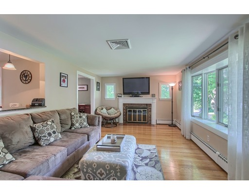Picture 2 of 5 Roman Ave  Danvers Ma 2 Bedroom Single Family