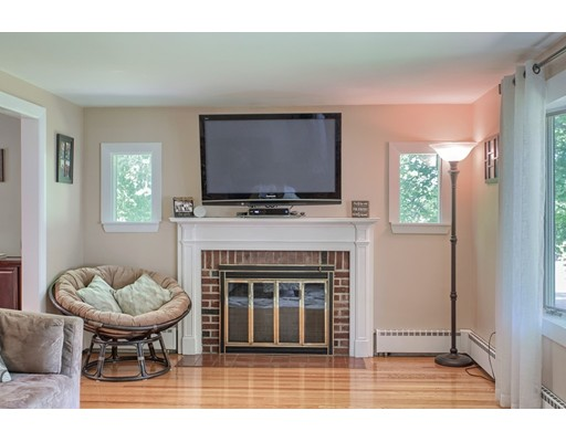 Picture 4 of 5 Roman Ave  Danvers Ma 2 Bedroom Single Family