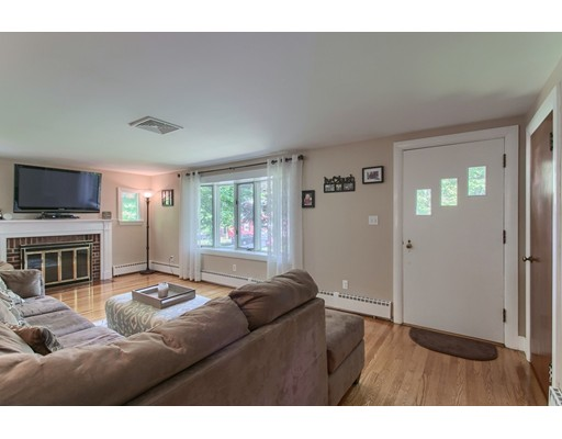 Picture 7 of 5 Roman Ave  Danvers Ma 2 Bedroom Single Family