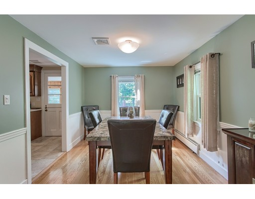 Picture 8 of 5 Roman Ave  Danvers Ma 2 Bedroom Single Family