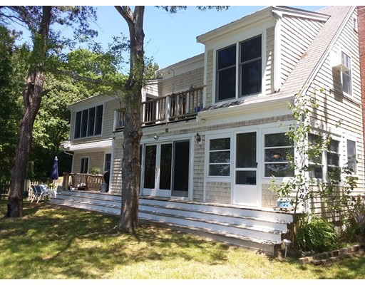 138 Santuit Ln, Mashpee, Massachusetts