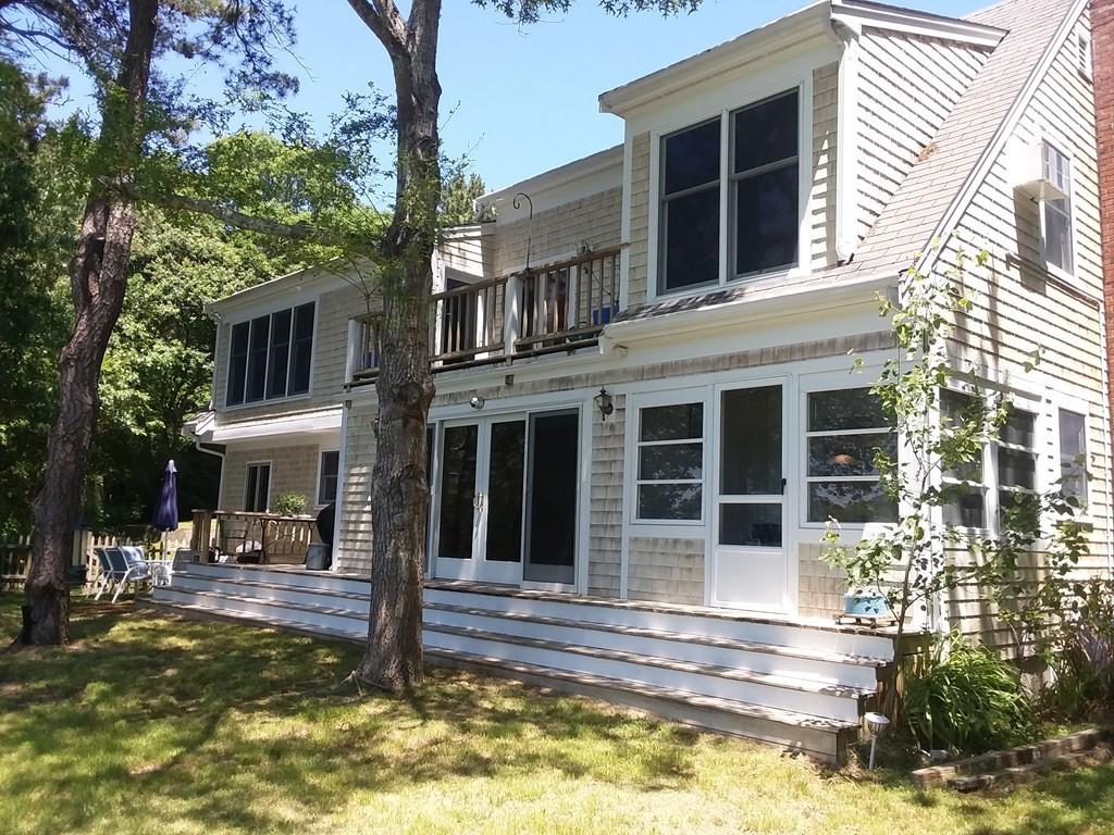 138 Santuit Ln, Mashpee, Massachusetts