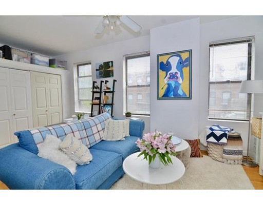 40 Saint Botolph St, Boston, MA 02116