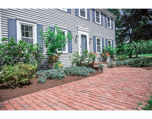 22 Heritage Hill Drive - Lakeville, MA