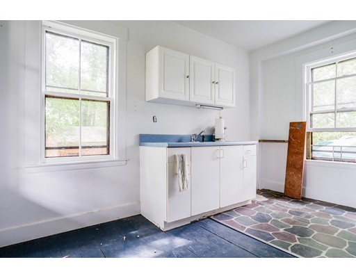 Picture 9 of 127 Oakdale Ave  Dedham Ma 4 Bedroom Single Family