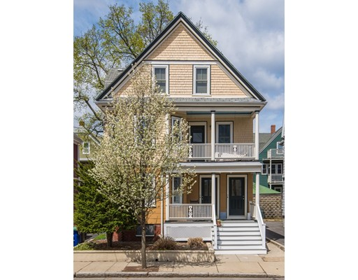 Rogers Ave, Somerville, MA 02144