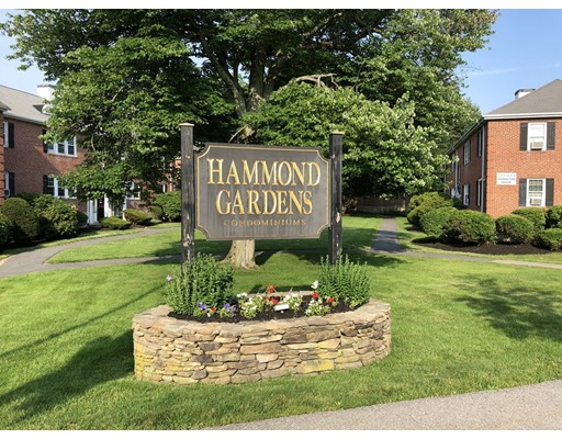 Equinox Chestnut Hill >> 17 Hammond Pond Parkway Unit 1 Newton Ma » Condo for Sale » $409,000